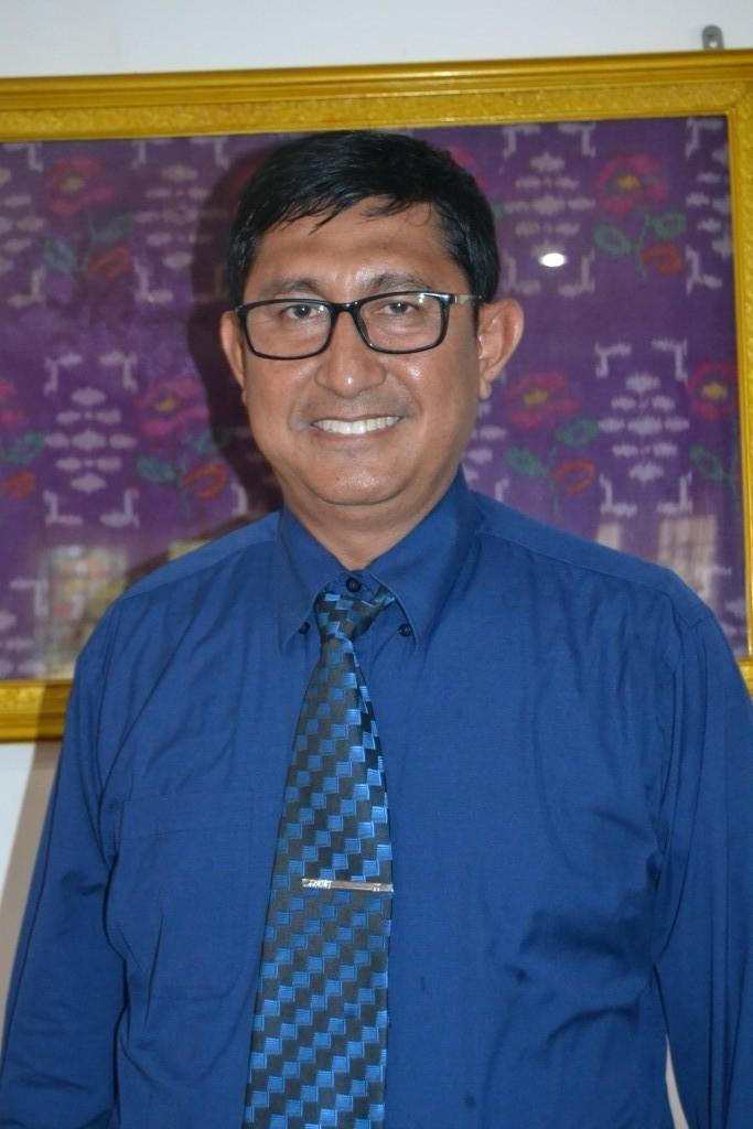 Dr-Lukman-Nadjamuddin-MHum-Terpilih-Jadi-Dekan-FKIP-Periode-2016-2020